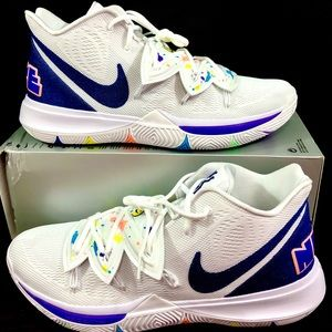 """Nike Mens Kyrie 5 """"Have a Nike Day"""" Size 17"""